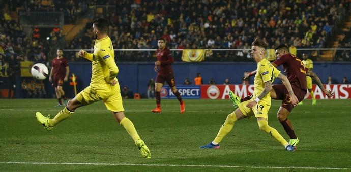 gol de emerson, villarreal x roma (Foto: Reuters / Albert Gea)