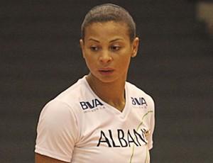 Walewska em quadra pelo Vôlei Futuro, durante a campanha que colocou o time na final (Foto: Divulgação/ Vôlei Futuro)