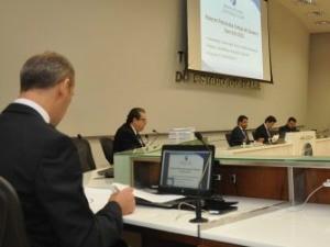 TCE emite parecer favorável à aprovação das contas de Camilo Santana (Foto: TCE/Divulgação)
