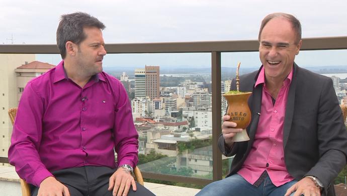 Argel concede entrevista para o Chimarrão do Brito (Foto: Reprodução / RBS TV)