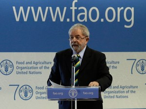 O ex-presidente Luiz Inácio Lula da Silva, durante discurso na FAO (Foto: Gregorio Borgia/AP)