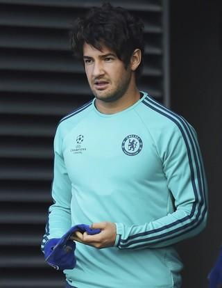 Pato treino Chelsea (Foto: EFE/Facundo Arrizabalaga)
