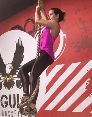 Monique Alfradique faz crossfit (Foto: Arquivo Pessoal)