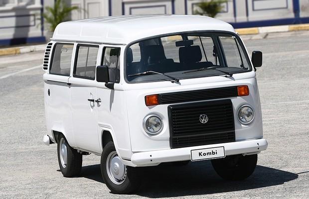 Volkswagen Kombi 2004 1.6 com motor Total Flex (Foto: Divulgação)