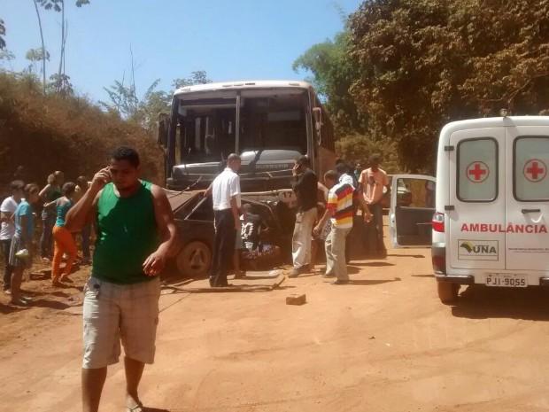 Acidente em una, Bahia (Foto: Jorge Pereira/Site: Una News)