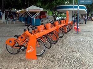 Estação do 'Salvador vai de bike' do Bonfim é violada (Foto: Imagens/TV Bahia)