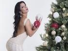 Musas sensuais posam em clima de Natal e contam como curtem a data
