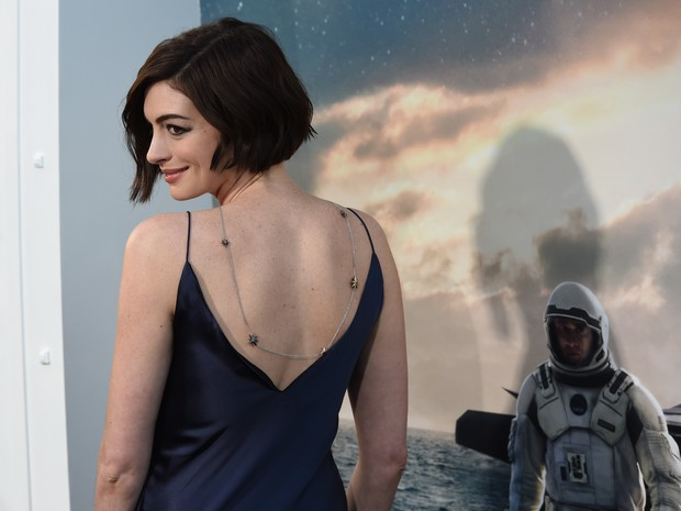 Anne Hathaway em première de filme em Los Angeles, nos Estados Unidos (Foto: Mark Ralston/ AFP)