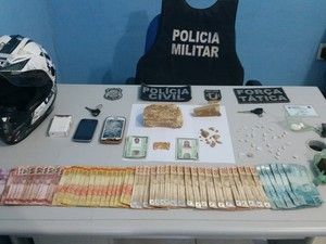Droga e dinheiro apreendidos com suspeitos em Uruçuí (Foto: Divulgação/Polícia Civil)