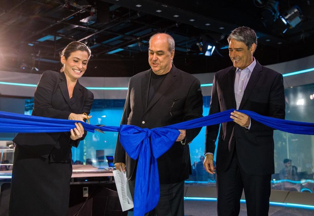 Renata Vasconcellos, Roberto Irineu Marinho e William Bonner na inauguração do novo estúdio do Jornal Nacional (Foto: João Cotta/Globo)