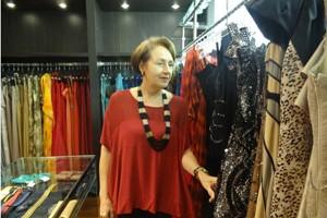 Maria Eugênia Monteiro acompanha o crescimento de grifes de luxo em PE com entusiasmo  (Foto: Gabriela Belém/G1)