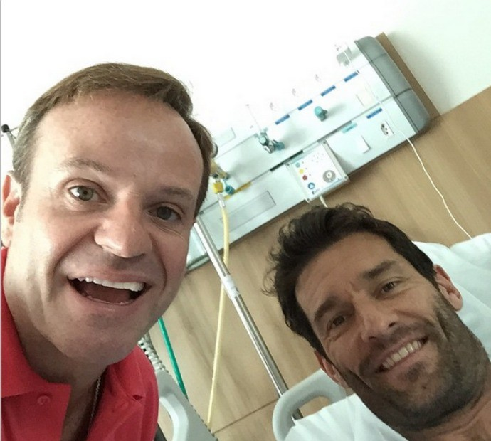 Rubens Barrichello visita Mark Webber no hospital motor (Foto: Reprodução/Instagram)