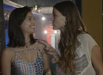 Alina e Krica decidem manter seus peguetes em segredo