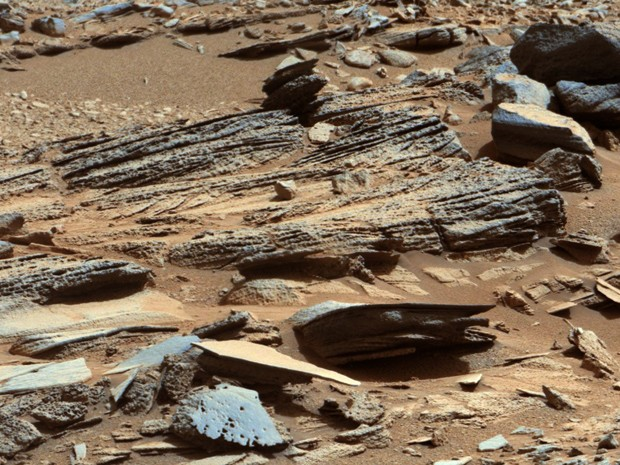 Robô Curiosity vai perfurar primeira amostra de rocha de Marte (Foto: NASA/JPL-Caltech/MSSS)