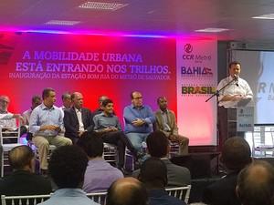ACM Neto, Rui Costa e Gilberto Kassab participaram da inauguração da Estação Bom Juá, em Salvador. (Foto: Maiana Belo / G1 BA)