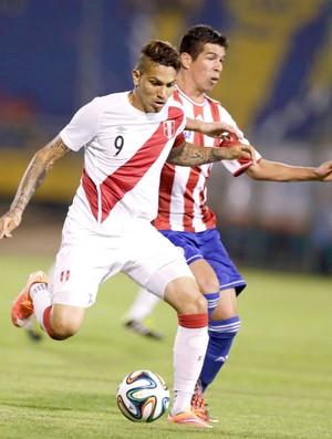 Paraguai x Peru - Paolo Guerrero (Foto: Reuters)