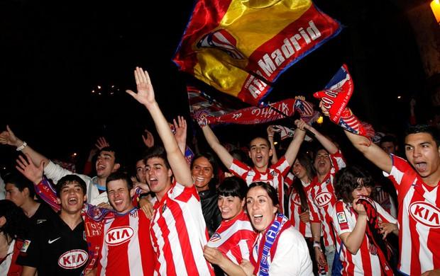 torcida atlético de madrid comemora título liga europa (Foto  Agência ... 525279308dcc5