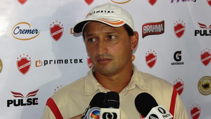 Christian Lauria - Vila Nova (Foto: Fernando Vasconcelos / Globoesporte.com)