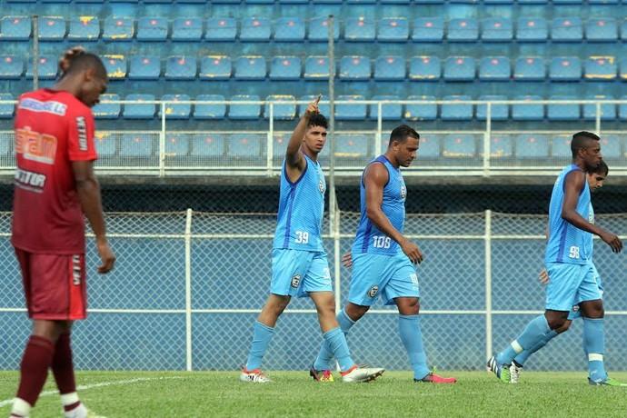 Macaé vence o Friburguense em jogo-treino (Foto: Tiago Ferreira/Macaé)