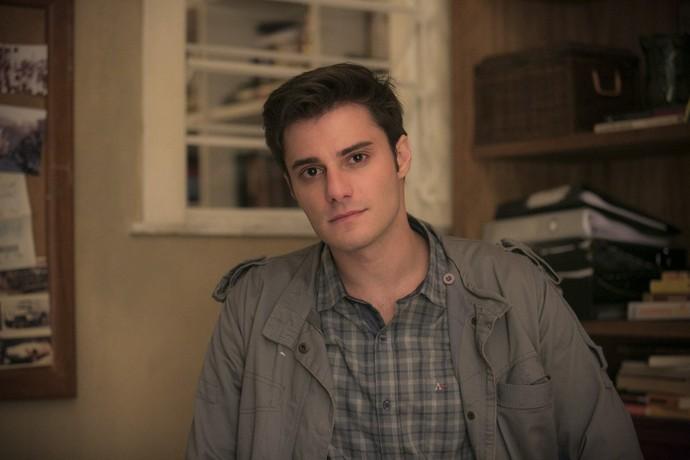 Hugo Bonemer é Augusto na primeira fase de 'A Lei do Amor' (Foto: Raphael Dias/Gshow)