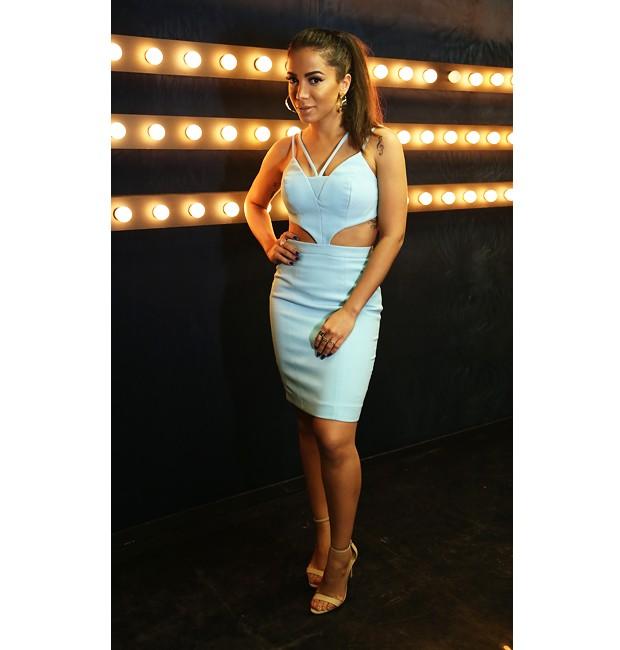cc20c921b Anitta escolhe vestido azul em dia de roda de samba - Música Boa Ao Vivo -  Programas - MULTISHOW