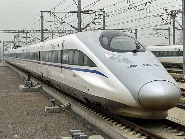 Trem de alta velocidade ligará Pequim a Guangzhou. Viagem de 2,3 mil km será feita em 8 horas. (Foto: AFP Photo)