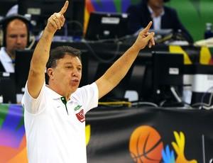 Ruben Magnano jogo Brasil x França basquete Copa do Mundo (Foto: AFP)