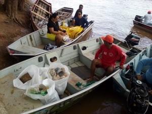 Rio Machado foi limpo pela Associação Ecológica Amigos da Pesca de Cacoal (Aspec) (Foto: Rogério Aderbal/G1)