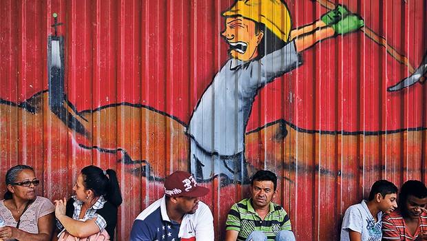 Recessão no Brasil ; desemprego no Brasil ; queda no PIB ; economia do Brasil ; crise ; mercado de trabalho ; mão de obra desocupada ;  trabalho ; (Foto: Reprodução/Facebook)