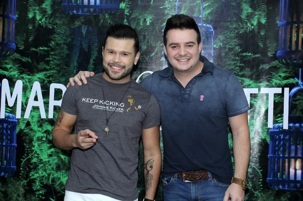 Marcos e Belutti (Foto:  Alex Palarea/AgNews)