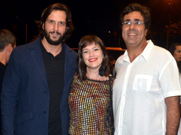 Vladimir Brichta, Natália Lage e Orã Figueiredo em pré-estreia de filme no Centro do Rio (Foto: Cristina Granato/ Divulgação)