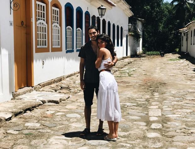 Carla Salle e Gabriel Leone (Foto: Reprodução/Instagram)