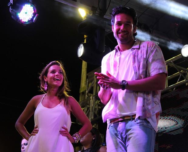 Os famosos levantaram a galera da cidade durante o show (Foto: Domingão do Faustão / TV Globo)