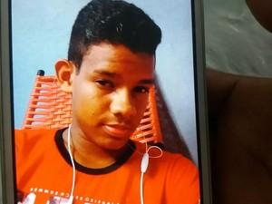 David Santos de oliveira morreu após facada  (Foto: Ive Rylo/G1 AM)