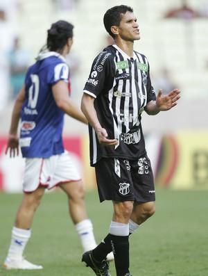 Ceará e Paraná empatam na Arena Castelão (Foto: Kid Junior/Agência Diário)