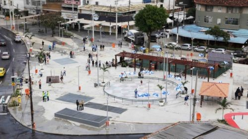 A nova praça Varnhagen, na Tijuca