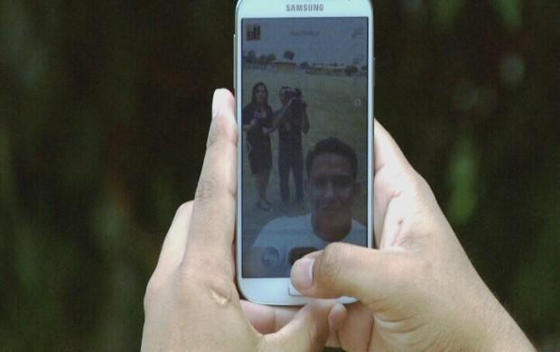 Saiba como tirar um bom 'selfie' (Foto: Amazônia em Revista)