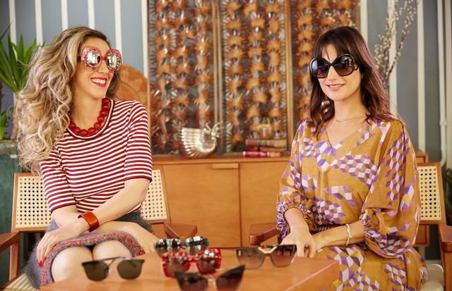 Chantal Goldfinger e Luiza Souza falam sobre óculos de sol (Foto: Tati Viana / 4 You Filmes)
