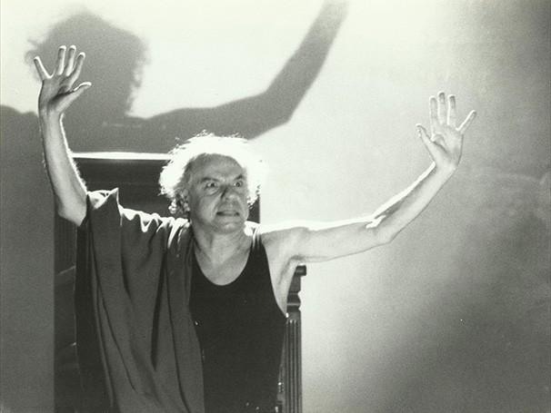 Rubens Corrêa em 'Artaud', espetáculo de 1986 (Foto: Divulgação)
