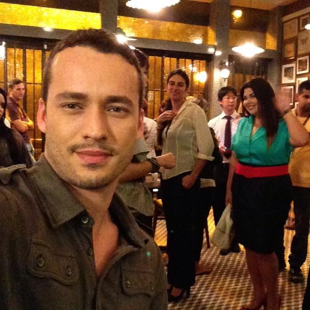 Rodrigo Andrade mostra bastidor de 'Amor à Vida'