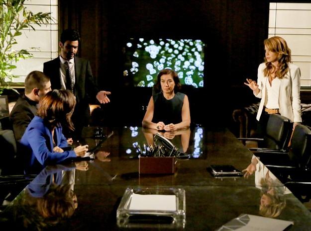 Cristina comunica sua prioridade na Império (Foto: Carol Caminha / Gshow)