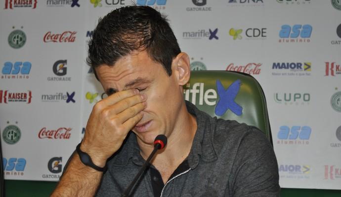 Fumagalli chora na despedida do Guarani (Foto: Murilo Borges)