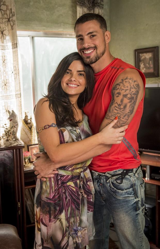 Vanessa Giácomo e Cauã Reymond em cena na novela A regra do jogo (Foto: João Cotta/Globo)