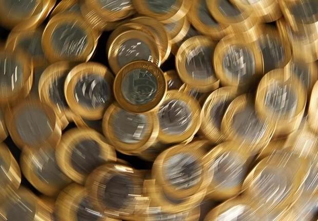 Moedas de 1 real fotografadas no Rio de Janeiro; dinheiro; inflação; PIB (Foto: Bruno Domingos/Reuters)