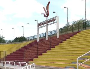 Todos os setores do estádio estão recebendo reparos (Foto: Reprodução/TV Rio Sul)