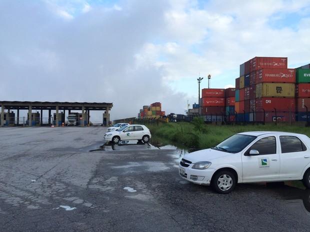 Fogo já foi extinto em local de vazamento de gás em Guarujá, SP (Foto: Solange Freitas / G1)