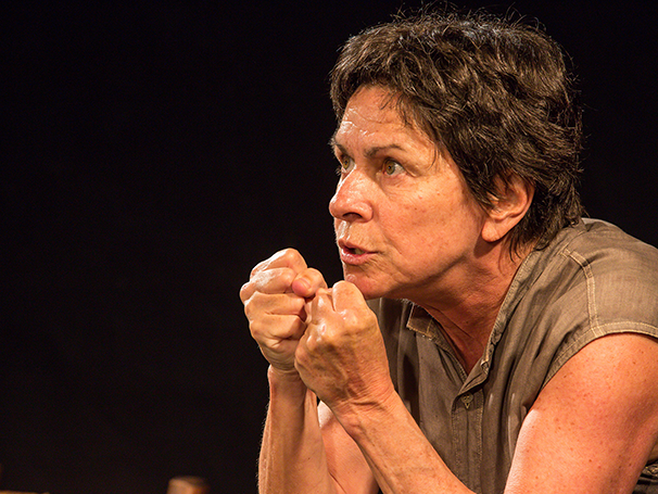 Denise Weinberg vive a mãe de Jesus em monólogo (Foto: Joáo Caldas)