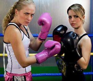 Sandy e Angélica treinaram boxe no 'Estrelas' (Foto: Gshow/TV Globo)
