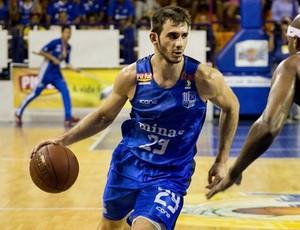 Danilo Fuzaro Siqueira, ala do Minas Tênis  (Foto: Arthur Coutinho)