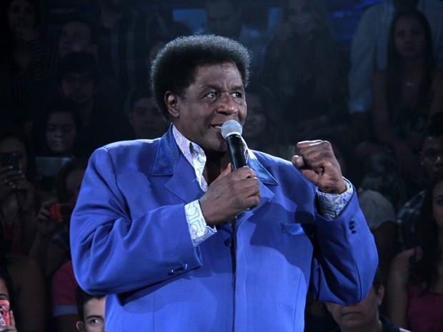 Tony Tornado participa da gravação do programa 'Altas Horas' (Foto: Marcos Mazini/Gshow)